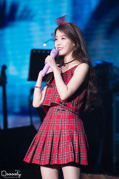 이미지 Iu Fashion, Korean Fashion, Spring Fashion, Pop Singers, Korean Music, Me As A Girlfriend, Korean Singer, Kpop Girls, Korean Girl