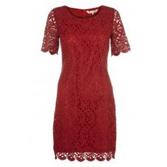 Yumi Red Classic lace shift dress - red cocktail dress - Going to a wedding. This is pretty! Red Short Sleeve Dress, Red Bridesmaid Dresses, Red Cocktail Dress, Vintage Inspired Dresses, Diva Fashion, Red Lace, Day Dresses, Winter Dresses, I Dress