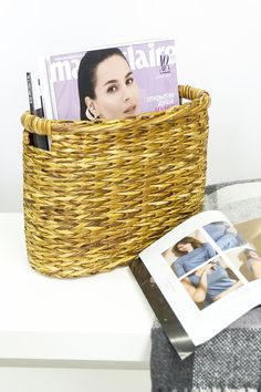 This oval wicker basket for storage is very practical and convenient.You can use the holder as an organizer for storage mail, magazines, newspapers, books, files, paper as well as remote controllers, and tablets. In our size grid you can choose the one suitable for you. Basket size