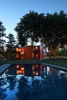 Korman House. 1971. Fort Washington, PA. Louis Kahn.