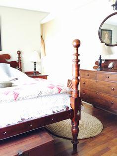 Antique Beds Bedrooms primitive decor Colonial decor Colonial bedrooms Rope Beds Antique furniture paint colors