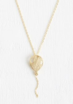 What's Up? Necklace. Your spirits are sure to soar when you accessorize with this gold necklace.  #modcloth