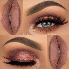 shimmery muave eyeshadows & lips