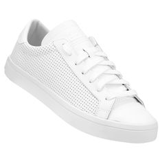 [NETSHOES] TÊNIS ADIDAS COURTVANTAGE LOW R$ 159,90 Casual Sneakers, Casual Shoes, Adidas Sneakers, Shoes Sneakers, Flat Heel Boots, Heeled Boots, All White Shoes, Studio Background Images, Formal Shoes