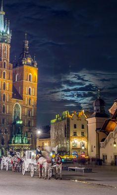Krakow in Poland http://myminiworld.ru/europe/east_europe/polsha/krakov-2/                                                 Szopka inspiration