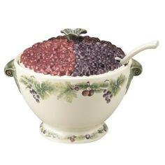 soup tureens   Pfaltzgraff Jamberry Sculpted Soup Tureen