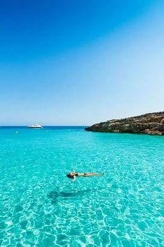 Sea of Sardinia - Ma ria Best Vacations, Vacation Destinations, Vacation Spots, Most Beautiful Beaches, Beautiful Places, Great Places, Places To See, Piscina Diy, Romantic Travel