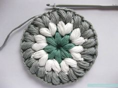 "Free Pattern & Photo Tutorial for the ""Triple Puff"" Crochet Granny Square"