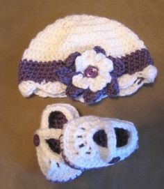 Handmade Crochet Baby Girl Hat Booties Shoes Set 0 3 M Beanie Flower Purple | eBay