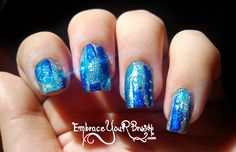 Distressed Nails! http://www.embraceyourbrush.com/2014/03/v-distressed-nails-que-me-angustio.html