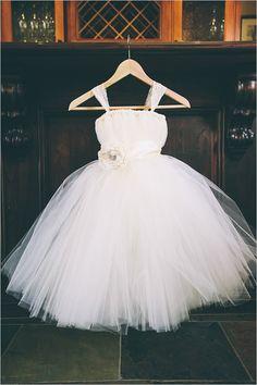 tulle girls dress | flower girl attire | budget friendly wedding | peach and gray wedding | #weddingchicks