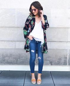 """bd35d6b23f Jess Lea Boutique on Instagram: """"Kimonos with palm leaves = Perfection! We  love how #styleblogger @thegoldengirldiary styled our new favorite kimono!"""