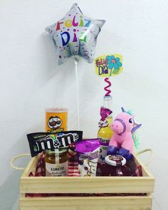 Diy Birthday Box, Bubble Gum, Ideas Para, In This Moment, Sweet, Gifts, Food, Valentine's Day Diy, Shower Gifts