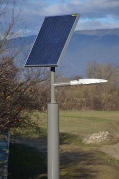 Ecolights SUNLUX ECO  Die Lampe in Kürze: Lichtpunkthöhe: 3,2 Meter Gesamthöhe: 4,2 Meter Material: Aluminium, pulverbeschichtet Solarmodul: 60Wp Rahmenmodul Akku: 48 Ah wartungsfreier Solar-Gel-Akku
