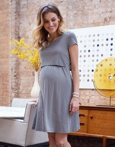 Gently used designer maternity brands you love at up to off retail! Gently used designer maternity brands you love at up to off retail! Maternity Nursing Dress, Cute Maternity Outfits, Stylish Maternity, Pregnancy Outfits, Maternity Wear, Maternity Tops, Maternity Dresses, Pregnancy Tips, Breastfeeding Clothes