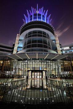 Dubai - #architecture - k #dubai #uae  http://dubaiuae.co/DubaiTravelHotels