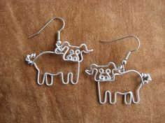 LITTLE PIG EARRINGS wirework nickle-free от chatnoir77 на Etsy