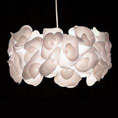 Lampadario a sospensione Sangu in Design floreale con 3D fiori effetto, Ø 49 cm, 1 x E27 max, 60 W, Metall/plastica, bianco Lightbox http://www.amazon.it/dp/B00MM0C8VU/ref=cm_sw_r_pi_dp_OOt7vb120VQ38