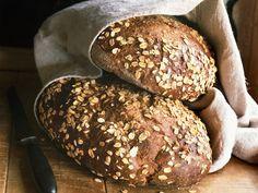 Vollkorn-Haferflocken-Brot - smarter - Zeit: 1 Std. 30 Min. | eatsmarter.de