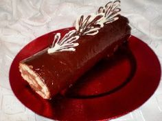 Reteta rulada de ciocolata.Ingrediente rulada de ciocolata.Cum preparam rulada de ciocolata .Rulada de ciocolata pregatita in casa Prajitura rulada de ciocolata
