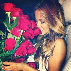 ROSES | GIRLS ❤️ FLOWERS | LOVE | M E G H A N ♠ M A C K E N Z I E