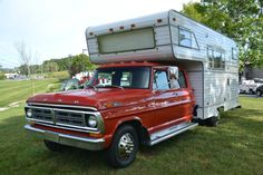 1972 Cab & Chassis Ford F-350 & Camper Motorhome