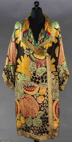 RAOUL DUFY FRUIT PATTERNED LAME COAT, 1920s