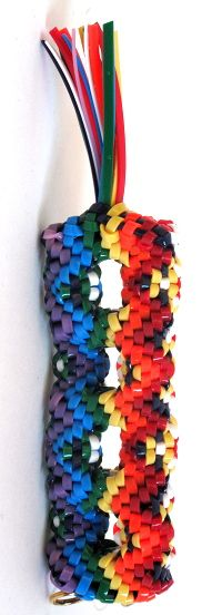 16-Way scoubidou boondoggle, totally would have loved this when I was a kid!!