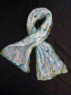 http://lisasfeltedart.blogspot.com/2013/02/nuno-felted-scarf.html