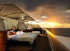 Imagine the ultimate lifestyle that comes from combining a private yacht and a luxury vacation home