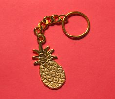 'Palm Springs Chic' Pineapple Keychain