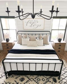 """Farmhouse Charm 🏡 on Instagram: """"What's your favorite item in this amazing bedroom?🥰 Follow us for more daily farmhouse inspiration ❤️ 📷 credit: @thecozyfarmhouse Follow…"""" Relaxing Master Bedroom, Master Bedroom Layout, Dream Master Bedroom, Bedroom With Sitting Area, Bedroom Layouts, Beautiful Farm, Couple Bedroom, Building A House, Bedroom Decor"""