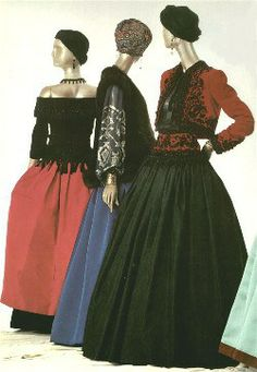 Yves Saint Laurent F/W 1976 Couture Ballets Russes Collection.