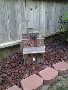 Lockup birdhouse
