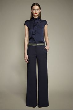 Take a look to Ports 1961 Pre-Fall 2012 the fashion accessories and outfits seen on New York runaways. Business Casual Outfits, Office Outfits, Business Fashion, Chic Outfits, Fashion Outfits, Womens Fashion, Fashionable Outfits, Dressy Outfits, Work Outfits