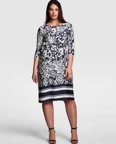 Vestido corto de tallas grandes