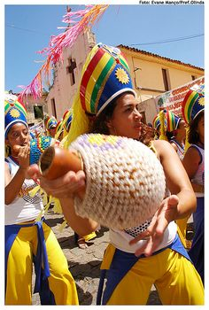 Le BRÉSIL. La PATRIE du CARNAVAL. Une VARIANTE. Maracatu Pernambuco Brasil