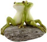 Top Collection Miniature Fairy Garden and Terrarium Statue, Frog Friends on Stone - http://howtomakeastorageshed.com/articles/top-collection-miniature-fairy-garden-and-terrarium-statue-frog-friends-on-stone/