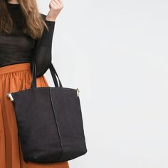 Image 2 of LEATHER TOTE BAG from Zara