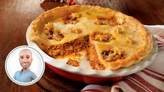 Have an italian-style Christmas with this Italian tourtière recipe from Stefano Faita. Best Italian Recipes, Favorite Recipes, Confort Food, Cooking Dishes, Meat Lovers, Looks Yummy, Meals, Baking, Desserts