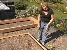 For more information    www.sengadesigns.com    Home of the Gardening Gourmets - watch our TV pilot called the Garden Gourmets (google: senga lindsay garden gourmets) and tell us what you think!    Senga will show you in three easy steps how you can create your own edible green roof at your home. Grow your own food and even raise bees on your ro...