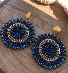 Pendientes tejidos de cuentas cuentas checas pendientes de | Etsy Bead Jewellery, Beaded Jewelry, Jewelery, Beaded Earrings, Beaded Bracelets, Trendy Jewelry, Bead Art, Mandala, Beaded Embroidery