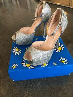 6712fa9233cf NWT - de blossom collection heels Size 7 Silver sparkle Talk Heels ( 39.99  Orig)