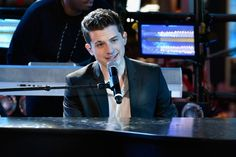 Charlie Puth - New Years Eve, Times Square 2016.
