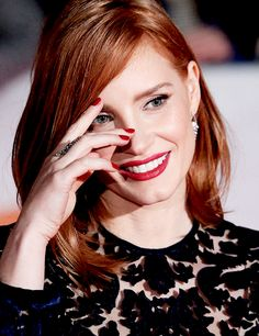 """""""Jessica Chastain attends 'The Martian' premiere at the Toronto International Film Festival, September """" Perfect Redhead, Beautiful Redhead, Most Beautiful Women, Jessica Chastain, Vanity Fair, Red Hair Don't Care, Actress Jessica, Portraits, Beautiful Actresses"""