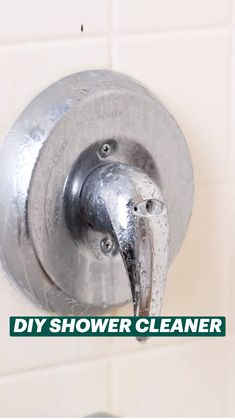 Diy Home Cleaning, Homemade Cleaning Products, Household Cleaning Tips, House Cleaning Tips, Natural Cleaning Products, Cleaning Hacks, Diy Cleaners, Cleaners Homemade, Hacks Diy
