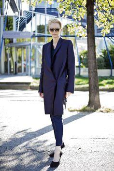 Tilda Swinton Wears A Suit : Photo