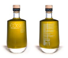 Designer, Yianis Tokalatsidis designed a unique pattern that was used on the bottle and tins, highlighting the different qualities organic extra virgin olive oil