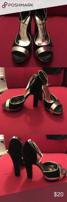 """Nicole Miller platform heels Black velvet ankle strap platforms with shiny gold faux patent leather trim. 5"""" heel with 1"""" platform. Perfect condition, brand new without tags! Nicole by Nicole Miller Shoes Platforms"""
