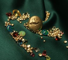 Gemstones & gold #bywilliamscott #uniquejewelry #Goldsmith #workbench #jewelry #finejewelry #gold #wscottfine #uniquejewelry #finejewelry #jewelry #rings #gold #14karat #diamonds #luxury #flow #jewelry #fashion #handmade #jewellery #earrings #accessories #necklace #handmadejewelry #jewelrydesigner Jewellery Earrings, Jewelry Rings, Fine Jewelry, Unique Jewelry, Handmade Jewellery, Solid Gold, Flow, Sapphire, Diamonds